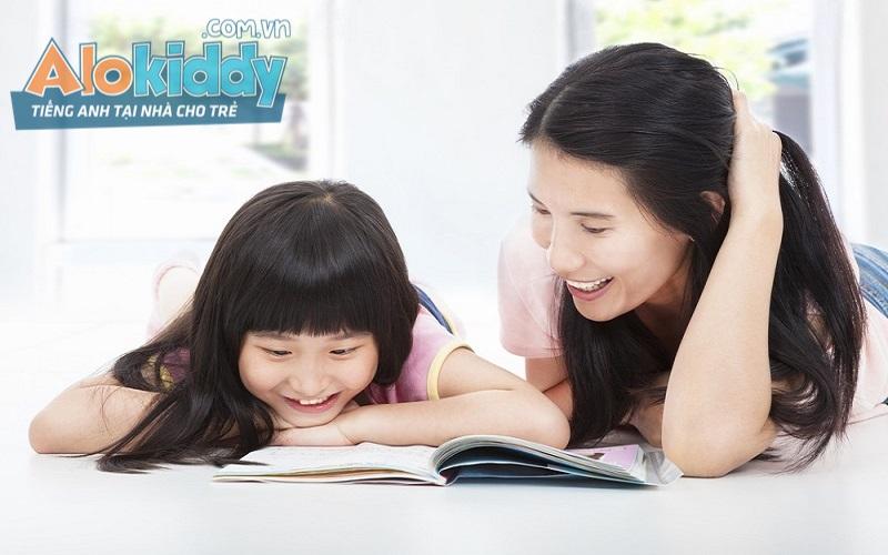Có nên cho trẻ học tiếng anh trực tuyến, dân mạng nói không chuyên gia nói....