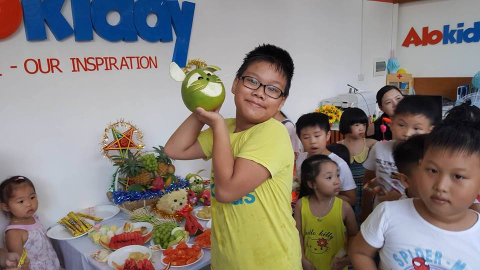 Tổ chức Tết Trung thu cho các bé tại Alokiddy Intracom Cầu Diễn